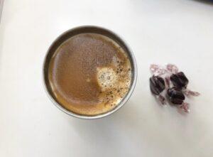 ゆる糖質制限のおやつ低糖質チョコレートとコーヒー