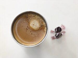 ゆる糖質制限おやつ低糖質チョコレートとコーヒー